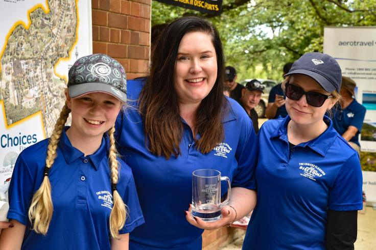 Evelyn with division winner Yasmin Murray and Monica Mills from Canberra who came third. Photo by Kinsley Flett